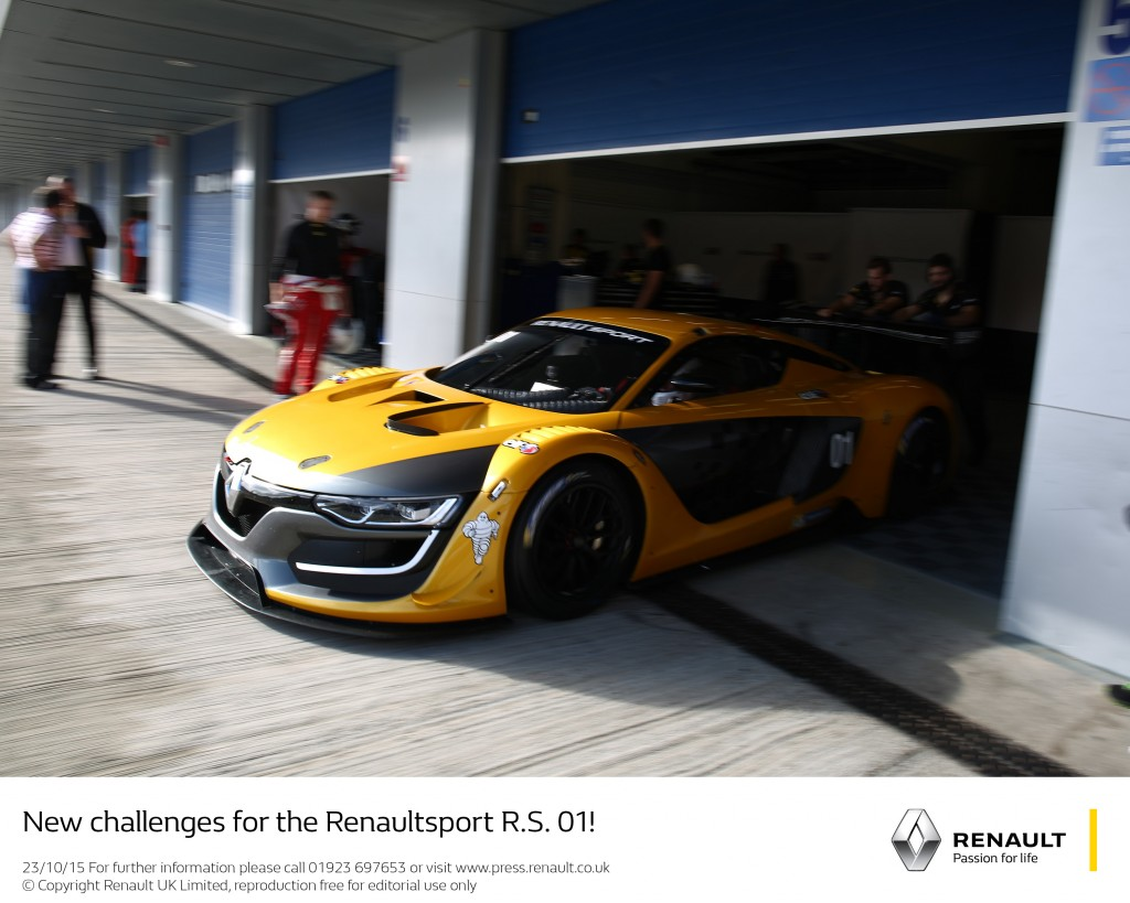 NEW CHALLENGES FOR THE RENAULTSPORT R.S. 01